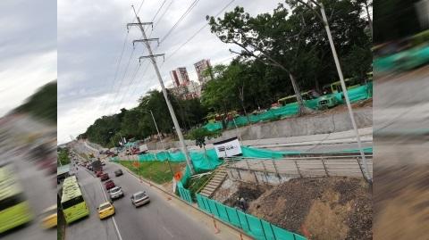 """Retrasos en operación obedecen a obras del tercer carril en autopista a Floridablanca"": Metrolínea"