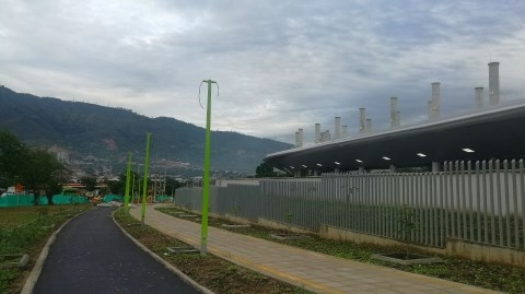 En un 95% avanza construcción del Portal de Metrolínea en Girón