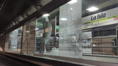 Metrolínea S.A. rechaza todo tipo de vandalismo, cinco estaciones afectadas