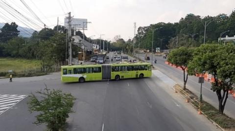 Obras viales en Piedecuesta afectarán operación del SITM Metrolínea